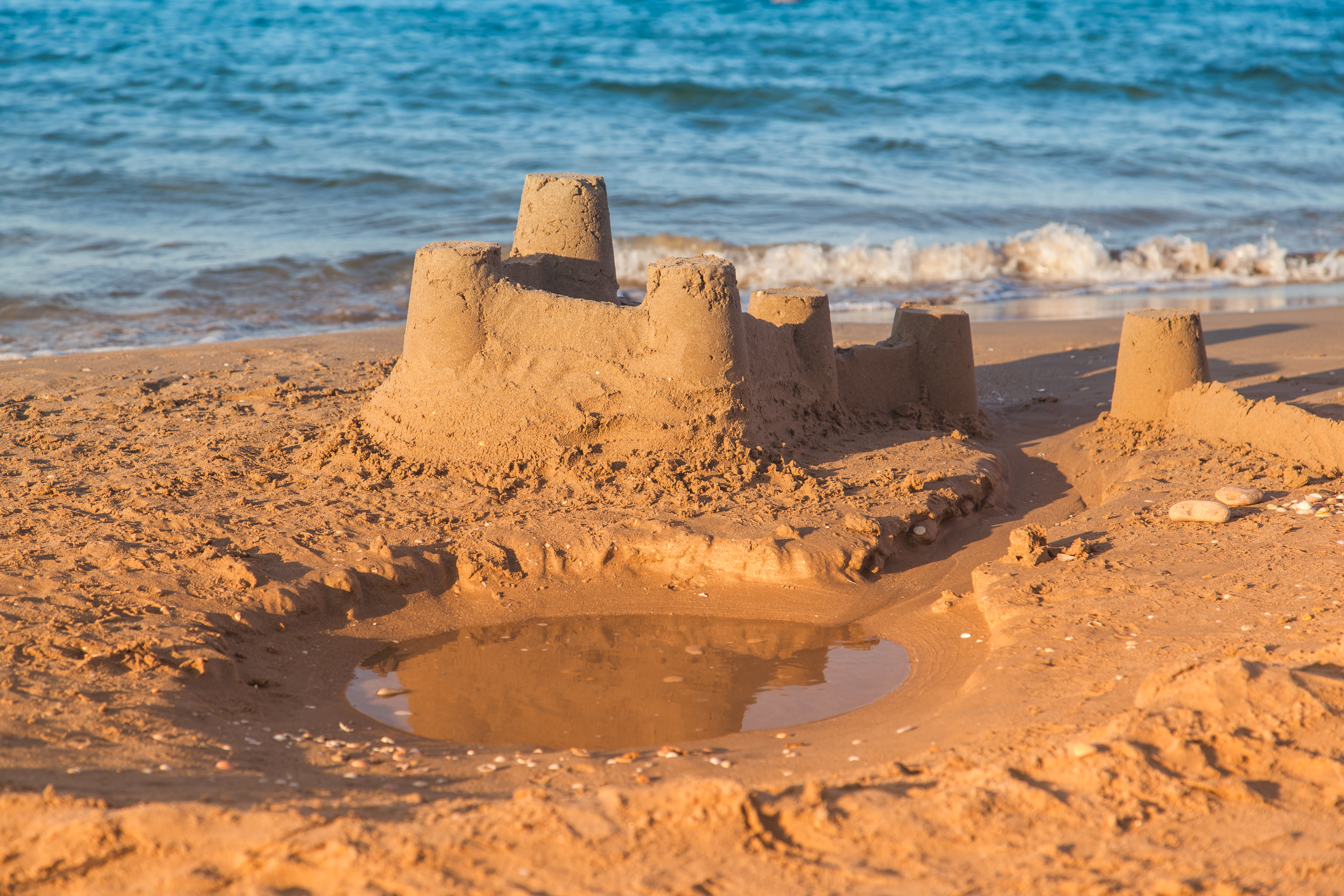 Not sure how to describe yourself on your CV? Build a sandcastle