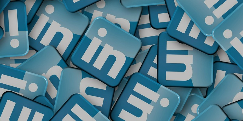 How to customise your LinkedIn address